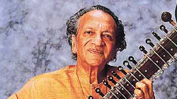 Video : Sitar maestro Pt Ravi Shankar dies in San Diego at 92