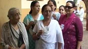 Video : गुजरात में पहले चरण का मतदान