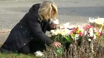Video : Grief unites US school shooting victims