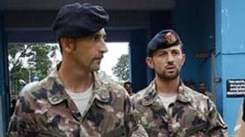 Video : Italian marines go home for Christmas