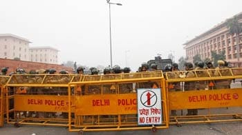 Video : Delhi protests: anger over city clampdown