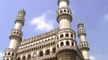 Video : Faultlines at the Charminar