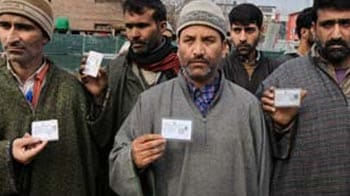 Video : 22 panchayat members in J&K resign after militant attacks