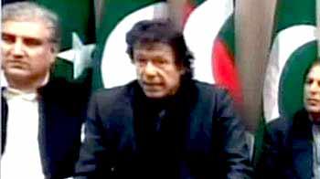 Video : Imran demands Pak President's resignation