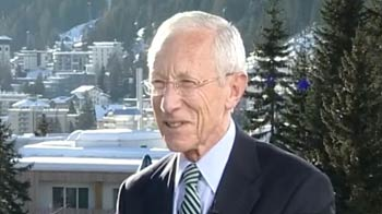 Video : Global economy recovering: Stanley Fischer