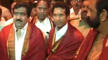 Video : Sachin visits Tirumala Venkateshwara Temple