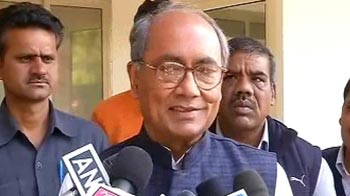 Video : 'Does CAG want to be PM?' Digvijaya on govt auditor's Harvard speech