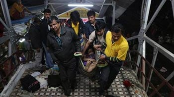 Video : 36 dead in stampede at Allahabad railway station