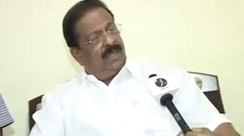 Video : Suryanelli rape: Congress faces heat over MP's 'child prostitute' remarks