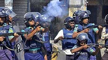 Video : Three killed in fresh clashes in Bangladesh over war crimes verdict, say police