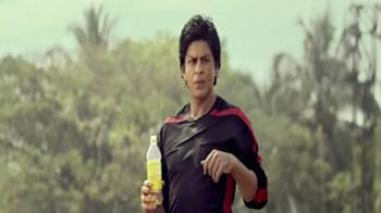 First look: SRK's new Frooti ad