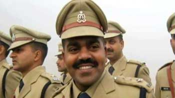 Video : Murdered UP policeman never bowed to anyone, says wife