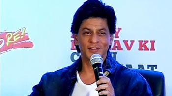 Video : Ladies' man: SRK wants heroines first in credits
