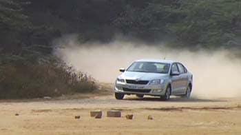 Video : रफ्तार : कार बाजार की हालत पस्त, गजब के ऑफर