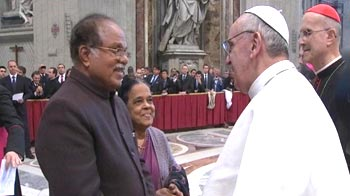 Video : PJ Kurien meets Pope in Rome: Suryanelli rape victim's mother cries foul