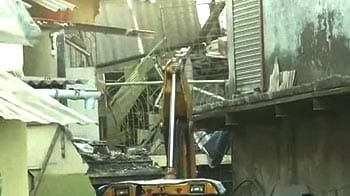 Video : Mumbai: 5 dead in wall collapse after explosion in chemical factory
