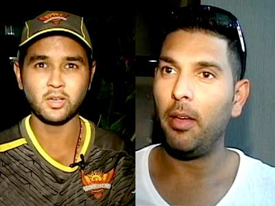 Video : Former cricketers, teammates wish Sachin paaji