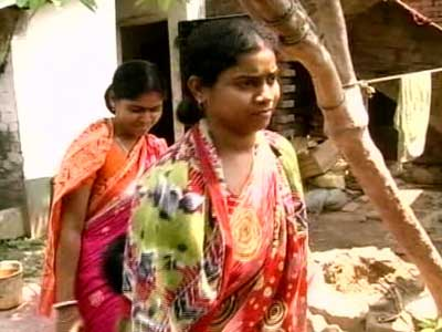 Video : After Saradha Group's collapse, focus on rural Bengal's 'get rich' schemes