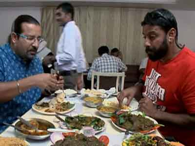 Video : Rocky and Mayur's coastal odyssey in Ongole
