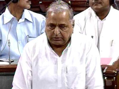 Video : Mulayam Singh says China is the biggest enemy, Pakistan no threat to India