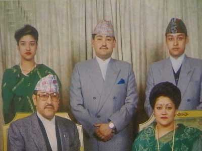 Video : Massacre of the royal family of Nepal (Aired: June 2001)