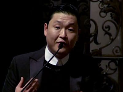 Video : When 'Gangnam Style' star PSY cracked jokes at Harvard