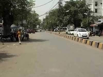 Video : Mercury rising across north India, no respite from heat till Sunday