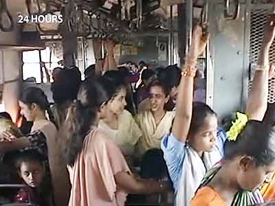 Video : 24 Hours on-board Mumbai's locals (Aired: July 2003)