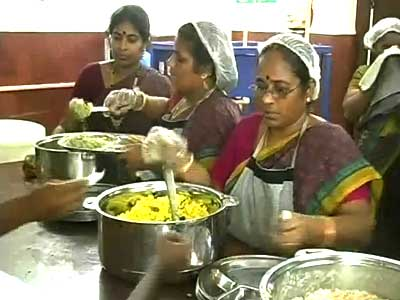 Video : What makes Jayalalithaa's 'Amma' canteens so successful