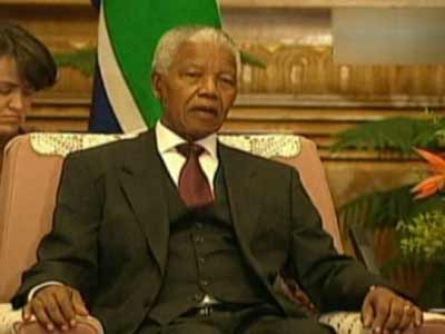 Video : Prayers for Nelson Mandela after second night in hospital
