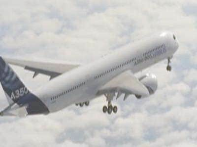 Video : Airbus's newest aircraft, A350, takes off on maiden flight