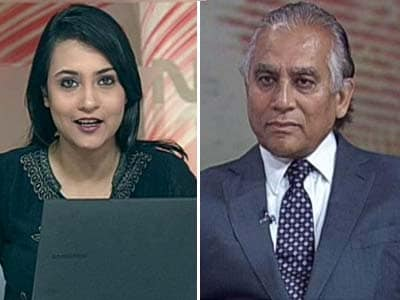 Video : Rupee falling: 'Who' cares?