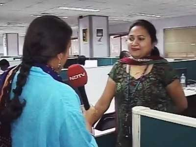 Video : Rupee depreciation: Good time for exporters, bad to study overseas