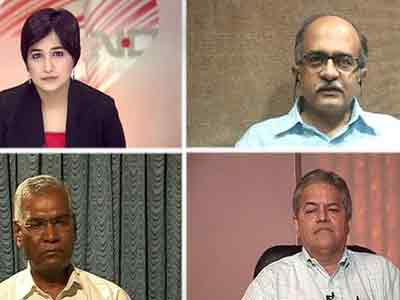 Video : Political parties gang up against RTI