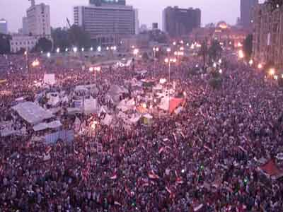 Video : Egypt president Mohamed Morsi' aide says coup underway