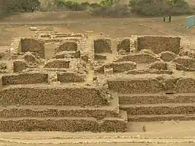 Video : 4000-year-old pyramid torn down by real estate developers