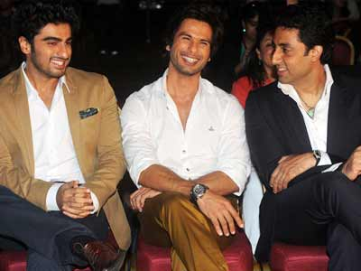 Shahid Kapoor, Abhishek Bachchan begin IIFA celebrations