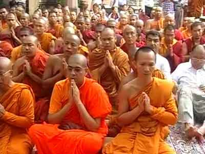 Video : Day after terror attack, prayers for peace at Bodh Gaya