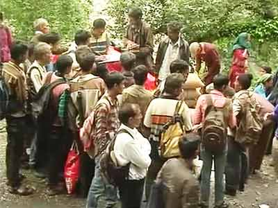 Video : Uttarakhand: Three days of incessant rain stalls relief efforts