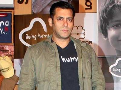 Salman wants Pancholis not to talk about Suraj's debut film