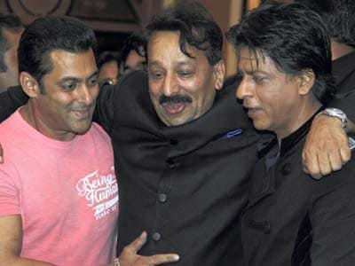 SRK-Salman hug: Cold vibes still remain?