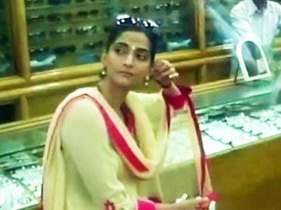 Sonam Kapoor's divine day