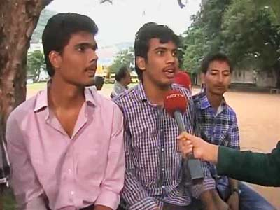 Video : Two states - students speak across the divide