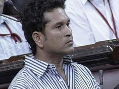 Video : Sachin Tendulkar attends Parliament