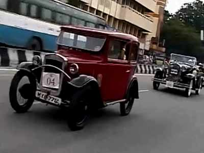 Video : Bangalore's vintage beauties hit the road, some over 100 years old