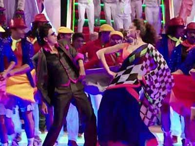 When Deepika embarrassed Shah Rukh Khan