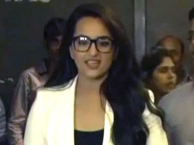 Video : Sonakshi Sinha wants to be part of Madhubala biopic