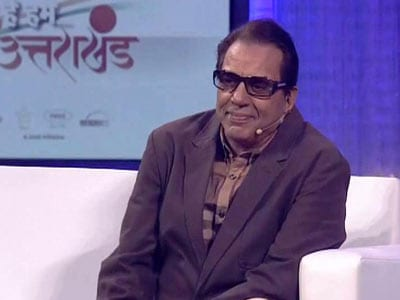 Video : Dharmendra proud of Bollywood's spirit to help the flood victims