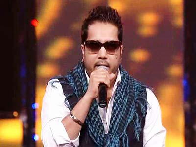 Mika sets the stage on fire at Uttarakhand telethon