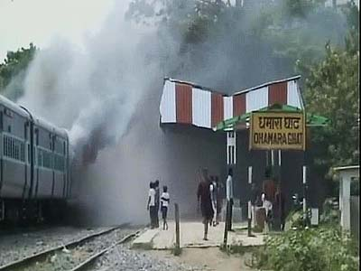 Video : 37 killed by express train in Bihar, angry crowd attacks driver